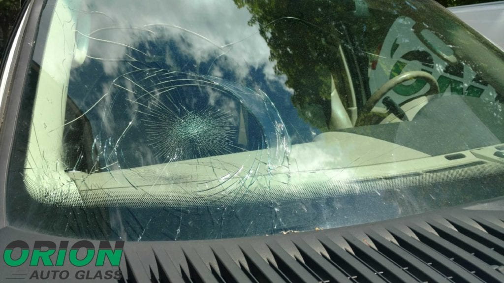 spiderweb crack windshield
